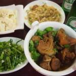 食材を見て指差しで注文!台湾名物のローカル海鮮店「四季紅(旧:佰味鮮)」