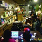 週末にはジャズライブも開催 台湾のアートに触れ合うカフェ