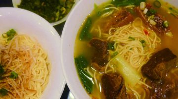 自家製のスープと調味料 激辛鍋屋が始めた2号店