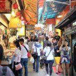 九份老街の横路地にある、食事&買い物に便利な アットホームさがウリの民宿を発見!
