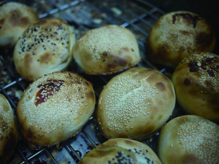 小黑碳烤 胡椒餅