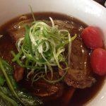 ブルータスに載っていたお洒落牛肉麺のお店で牛肉麺を実際に食べてみる。