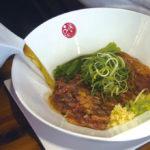 牛肉麺文化に一石を投じた ステーキ入り牛肉麺|品川蘭