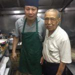 裏街のひっそりした食堂がミシュラン星ゲットで大わらわ!シェフは厨房を出るヒマもなし。。 明福台菜海鮮/台湾料理