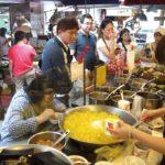 市場の喧騒の中で静かに食す、あっさりお豆腐スイーツ|三來素食館