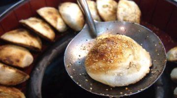 夜市の有名店と同じ味。並ばずに買えるのがうれしい|福州世祖胡椒餅